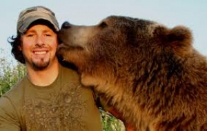 Casey Anderson from America the Wild on Nat Geo Wild joins Jon this Saturday at 5:00 PM EST