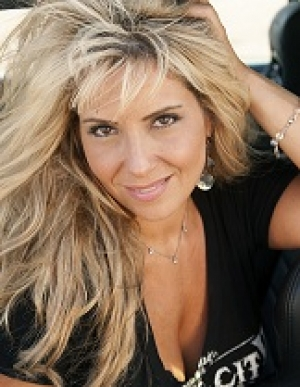 Lisa Matassa will join Jon and Talkin' Pets Saturday 12/15 at 5 PM EST to discuss and give away her new CD SOMEBODY